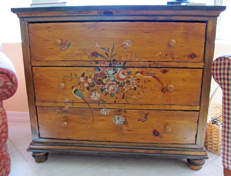 Makeover-painted-chest-1