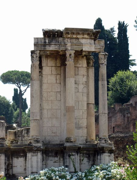 Rome-Sunday-Vestal-Virgins